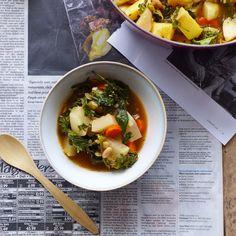 White Bean, Root Vegetable, and Adobo Stew (#vegan) // inmybowl.com
