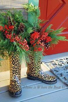 christmas time, cowboy boots, season, leopard decorations, christma decor, front doors, organic gardening tips, front porches
