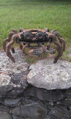 Horseshoe brake rotor rail clip spider