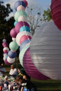 Perfect party decor. Lanterns!