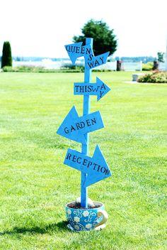 Alice in wonderland wedding, sign