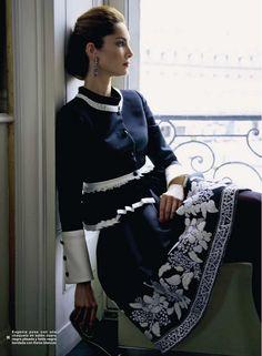 ru_glamour: Eugenia Silva for Armani armani coutur, cloth, style, blue, dress, white, fashion detail, beauti, navy