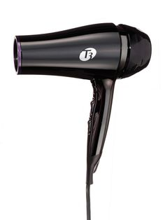 T3 Featherweight Luxe 2i blow dryer