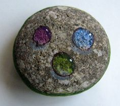 How to paint gems on rocks - my first attempt using this drawing lesson.