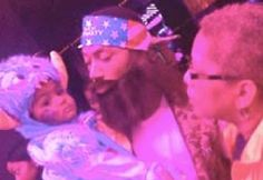 Derrick Rose dressed as Willie from Duck Dynasty for his son's 1st birthday