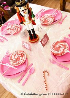 Nutcracker kids table