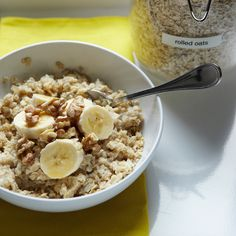 All the reasons you should start the day with oatmeal.