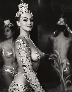 Latin Quarter Show Girl, Paris 1950s, photo by Peter Basch