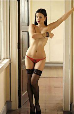 Filipina Model Sara Polverini so fucking sexy