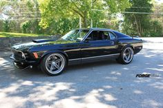 """This amazing '70 Mach 1 Mustang, by ACS Garage in Bronxville NY, features a 600HP 427ci Cobra V8 with 8-stack Roush injection system, Borla exhaust, Detroit Speed conversion (w/3"""" tubs), @jrishocks double adjustable coilovers, Wilwood brakes, and 19-inch Forgeline SC3C Concave wheels finished with Transparent Smoke centers & Polished outers. See more: http://www.forgeline.com/customer_gallery_view.php?cvk=1151  #Forgeline #SC3C #Concave #notjustanotherprettywheel #madeinUSA #Ford #Mustang #Mach1"""
