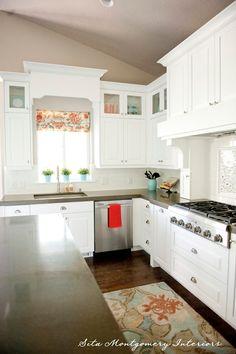 Gorge kitchen.