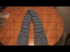 Loom Knitting A Scarf Using The Purl Stitch | Loom Knitting Videos