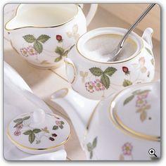 Wedgewood Wild Strawberry = my favorite china pattern