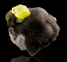 Sulfur on Calcite ps. Aragonite from Italy