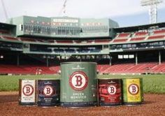 @apttherapy: Benjamin Moore Launches Paint Collection Inspired by Fenway Park — Design News >> Are you a diehard Red Sox fan? Now you can paint your home in the hues of Fenway Park.