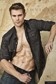 allen (9)#male #model #models #malemodel #photography #men #man #hunk #modeling #malemodels
