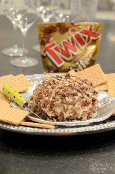 TWIX Cheese Ball