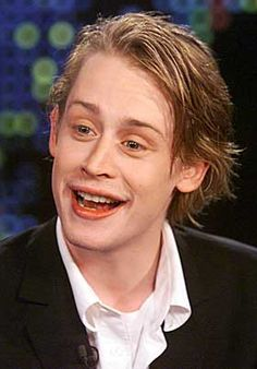The 'Home Alone' child actor, Maculay Culkin is reportedly on drugs namely heroine and is also off the grid for quite some time now.
