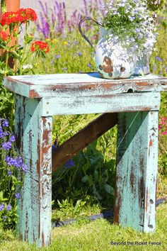 A Little Blue Stool or Table http://bec4-beyondthepicketfence.blogspot.com/2014/07/a-little-blue-stool-or-table.html