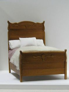 Dollhouse Miniature -Handmade Maureen Collett Dressed Bed 1:12 Scale