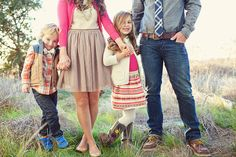 GREAT family outfits!  via » Ellie Grover Photography