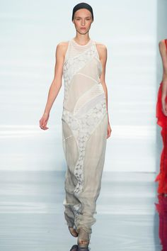 What to wear to a rooftop wedding // Vera Wang Spring 2014 Ready-to-Wear Collection