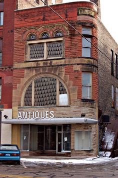 Antique shop in Bay City, Michigan