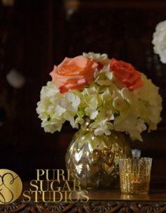 Low profile floral wedding centerpiece.