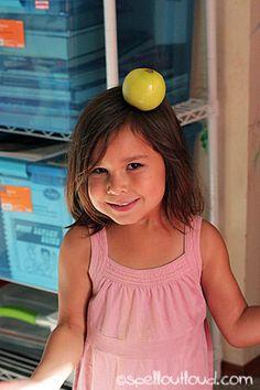 10 Apples Up On Top ~ Preschool apple activities http://www.spelloutloud.com/10-apples-top-preschool.html
