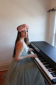 Check out Lindsey Neff on ReverbNation
