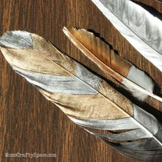DIY Gilded Feathers ~ Mom's Crafty Space