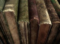 i love old books and their smell