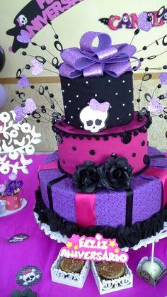 Bolo de tecido Monster Hight