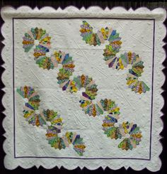 """""""Let's Do the Dresden Twist"""" by Teri L Cherne.  Photo by Simply Put Plus: 2014 Palm Springs quilt show"""