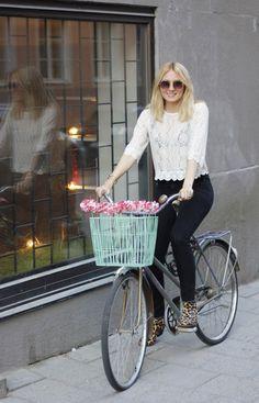 josefin dahlberg: flower bike