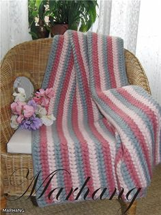 Afghan with simple diagram - the pattern is 136 + 2 + 1, change color on the 2nd ribbon