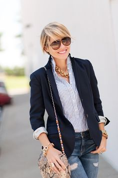 jeans + navy blazer = perfect fall look