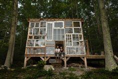 Nick Olson & Lilah Horwitz, Glashaus