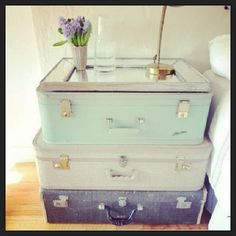Great End-table for the living room (especially with the travel decor) Adapt: muted antiqued colors (neutrals)