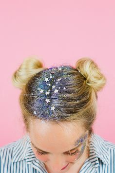 DIY you own Glitter Station at you Wedding or party. How to do glitter face/ hair makeup for a festival.