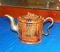 Chinese Yi-Sing Orange Teapot. 19th Century.
