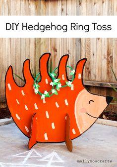 Cardboard Hedgehog Ring Toss - DIY Games don't come much cuter than this!! muah | MollyMooCrafts.com @pinkstripeysock