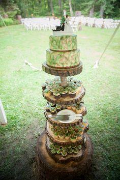 camo wedding dress ideas, cupcake stands, cake idea, wedding cakes, camouflage wedding cake