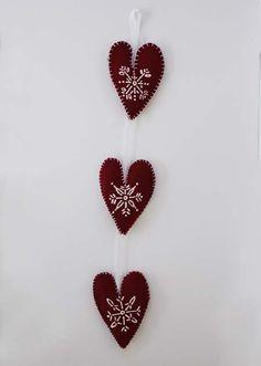 felted heart trio no