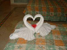 towel origami, cruise ships, towel fold, fold towel, hand towels