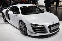 MmmHmm..My dream car. Audi R8 in White <3. Now I just need the $114,000 to purchase it :D   I could drive this .