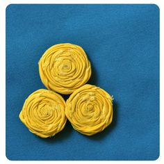 How to make rolled fabric flowers