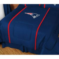 Sports Coverage 01MSCOM1PATQUEN MVP New England Patriots Queen Comforter in Midnight Blue