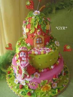 - fairy cakes, dream cake, secret gardens, beauti cake, strawberry shortcake birthday, strawberries, cake art, birthday cakes, strawberri shortcak