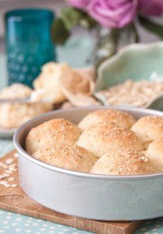 Sourdough Oatmeal Rolls